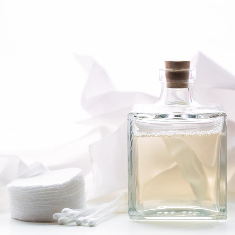 お肌にたっぷりの潤いを。化粧水どう選ぶ?