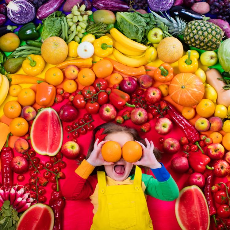 野菜の色って意識してる?「フィトケミカル」が摂れるカラフルサラダレシピ【読む色美容】