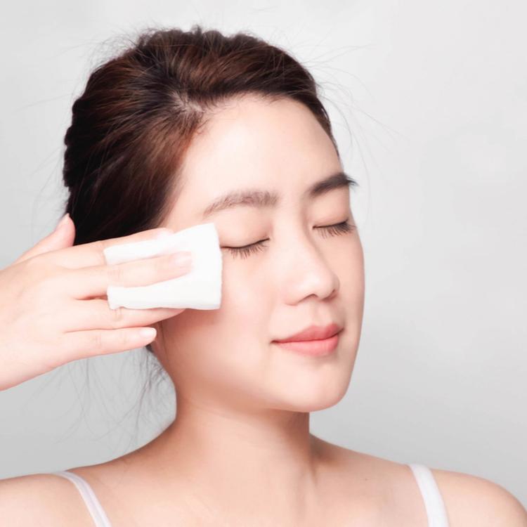 敏感肌の人が選びたい低刺激な化粧水は?おすすめの無添加化粧水3選