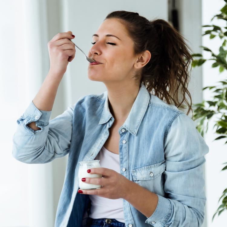 腸活でキレイになりたい!ヨーグルトを食べるなら朝と夜どっちが効果的?
