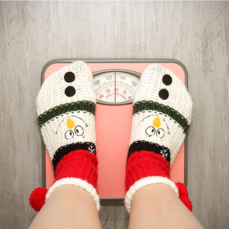 寒くなると代謝が上がるって本当?冬に痩せない理由と冬ダイエットのコツ