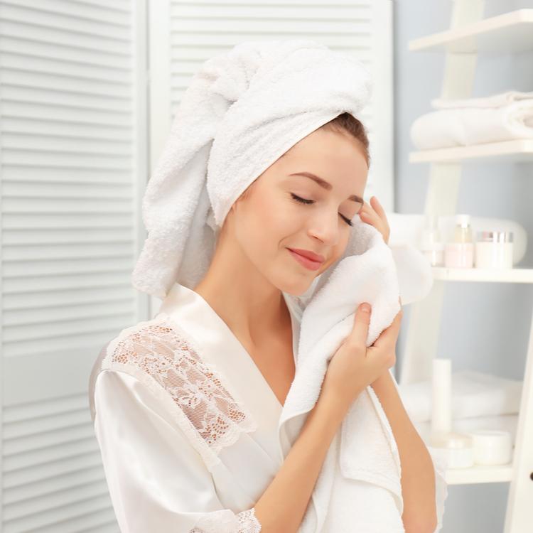 毛穴や角質の詰まりに効果的!最近話題の「洗顔パウダー」って?