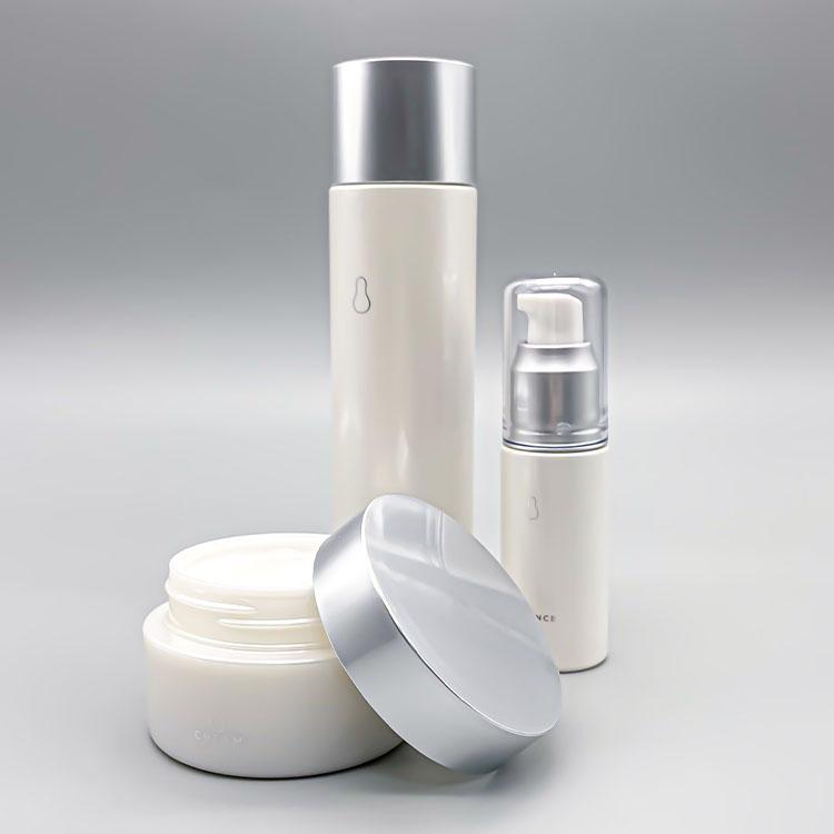 『美肌菌』ってなに?医療ドクター開発・美容医療に着想を得た「スキンリファインシリーズ」で美肌を育もう【2021年7月4日(日)】