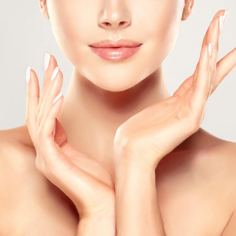 素肌を美しく見せるおすすめの「素肌美アップ」アイテムをご紹介